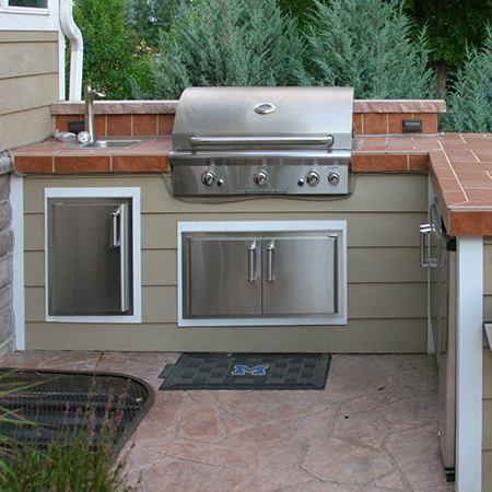 outdoor kitchen construction built-in grill napoleon